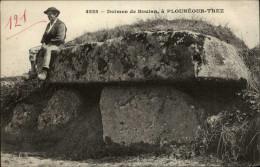 29 - PLOUNEOUR-TREZ - Dolmen - Other Municipalities