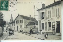 CHARTRETTES La Poste (facteur) - Autres Communes