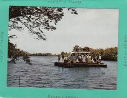 MADAGASCAR  PASSAGE DU BAC AUX ENVIRONS DE TAMATAVE - Liberia