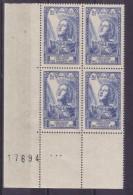 BLOC DE QUATRE  N* 768 ( Numéroté 17694) NEUF** - Unused Stamps