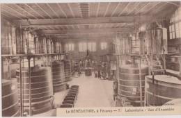 Cpa,la Bénédictine à Facamp,laboratoire,métier De La Distillerie,fabrication De La Liqueur,herboristes,alcool ,rare - Industry