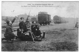 VILLERS COTTERETS EN GARE LA CHASSE AUX TAUBES  LA GRANDE GUERRE 1914 1918 - Villers Cotterets