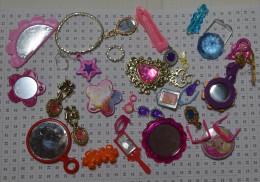 Lot D'objets Barbie : Bijoux Miroirs - Barbie