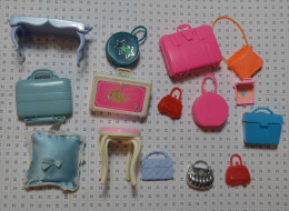 Lot D'objets Barbie : Sacs Valises Tabouret Coussin Musical Mattel - Barbie
