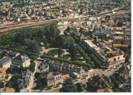 MOULINS - Vue Aérienne De La Gare Et Du Square Maréchal Leclerc - Moulins