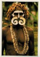 NUOVA GIUNEA:  GUERRIERO ASMAT       (NUOVA CON DESCRIZIONE DEL SITO SUL RETRO) - Papua Nuova Guinea