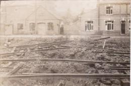 Photo Septembre 1918 RACHES (près Douai) - La Gare (A99, Ww1, Wk1) - France