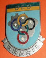 Rare Broche En Métal émaillé, D.E.D. BRASIL, Brésil DED, émail, Médaille Sports, Anneaux Olympiques étoiles - Organizations