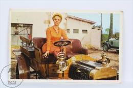 Vintage 1971 Small/ Pocket Calendar - Sexy Blonde Lady In Classic Car - Calendarios