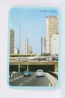 Vintage 1976 Small/ Pocket Calendar - Sao Paulo - Minhocao, Brazil - Old Cars On High Way - Tamaño Pequeño : 1971-80