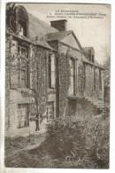 CPA SAINT PIERRE D'ENTREMONT (Orne) - Ancien Château Des Seigneurs D'Entremont - Autres Communes