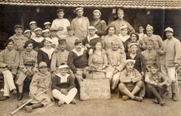 CPA 1331  - MILITARIA - Carte Photo Militaire -  Goupe De Marins Au Camp De ZABRELE - Roumanie - Characters