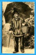 FR232, M'prêché Po Des Parapies A'ch'teue, Normandie Pittoresque, 1624, Homme Avec Un Panier Et Parapluie, Circulée 1931 - Uomini