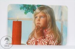1976 Small/ Pocket Calendar - Christmas Children Praying - Calendarios