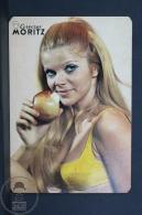 1971 Small/ Pocket Calendar - Spanish Moritz Beer Advertising - Retro Sexy Blonde Girl Eating Apple - Calendarios