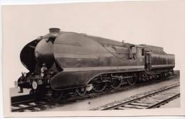 Train Chemin De Fer S.N.C.F - LOCOMOTIVE 230 K 248 - Trenes