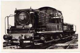 Train - Chemin De Fer S.N.C.F - LOCOMOTIVE Diesel 030 DA ? - Trenes