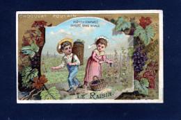 Chocolat Poulain - Gauffré - Vendanges Hotte Panier Raisin Vigne Treille Grappe Clocher -10 626 - Poulain