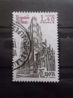 France N°2132 CATHEDRALE ST JEAN De LYON Oblitéré - Kerken En Kathedralen