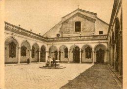 Cartolina Antica IL CORTILE INTERNO Dell'ABBAZIA DI MONTECASSINO (Distrutta Il 15-2-1944) - OTTIMA H68 - Frosinone
