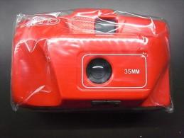 1 PHOTO CAMERA - 35MM CAMERA RED - Cameras