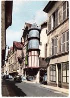 Troyes: CITROËN TUBE HY, 2CV BACHE & TRACTION AVANT, RENAULT DAUPHINE, PEUGEOT 403 - Tourelle De L'Orfèvre - (France) - PKW