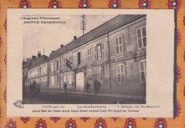 1 Cpa Sainte Menehould La Gendarmerie - Sainte-Menehould