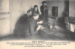 PARIS  75  18°ARR  ECOLE CHARLIAT  ECOLE D'ELECTRICITE INDUSTRIELLE  RUE BELLIARD  SALLE DE MANIPULATIONS DE MESURES - Distretto: 18
