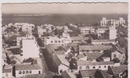 Sénégal  :  DAKAR  : Vue Vers  Gorée  Et  Palais - Sénégal