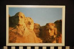 Cp , ETATS-UNIS , MOUNT RUSHMORE , Les Têtes Des Quatre Présidents - Mount Rushmore