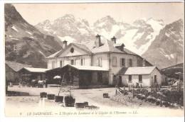 Col Du Lautaret (Hautes-Alpes)-+/-1910-L'Hospice-Glacier De L'Homme-Départ De La Diligence- Entre Briançon Et Grenoble - Briancon