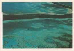 GRANDE BARRIERA CORALLINA:  PASSAGGIO ATTRAVERSO AFFIORAMENTI CORALLINI    (NUOVA CON DESCRIZIONE DEL SITO SUL RETRO) - Australia