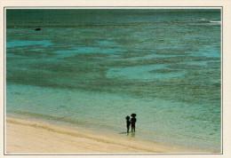 NUOVA CALEDONIA  MARE:  BAMBINI CANACHI SULLA SPIAGGIA     (NUOVA CON DESCRIZIONE DEL SITO SUL RETRO) - Nuova Caledonia