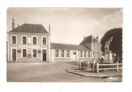Carte Photo 61  Orne Le Theil Sur Huisne : Place De La Mairie : Mairie - Monument - Other Municipalities