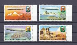 MADAGASCAR. 75e anniversaire des Zeppelins