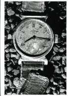 Hiroshima 6 Août 1945 Une Montre Arrêtée à 8h15 Par Jones Griffiths - War 1939-45