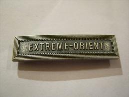 BARETTE ACIER ARGENTE POUR MEDAILLE PENDANTE EXTREME ORIENT EXCELLENT ETAT