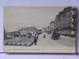 BOULOGNE SUR MER (62) - LE QUAI GAMBETTA - ANIMEE - ATTELAGES - TONNEAUX - Boulogne Sur Mer