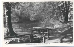 CPSM   Hindhead Waggoners  Wells  Grayshot - Surrey