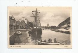 Cp , Bateaux , Voilier , Barque , QUIMPER , Le Port , Voyagée 1939 , Ed : Nouvelles Galeries - Cap 56 - Segelboote