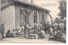 Camp de SISSONNE - L'�pluchage des pommes de terre