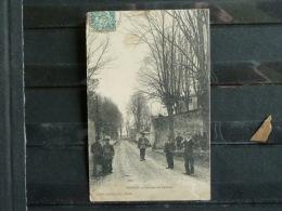 L4 - 02 - Mercin - Avenue du calvaire - edition Labb�-Lesp�rance - 1907