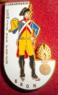 Pin´s GENDARMERIE COMITE DES FETES - Army