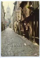 Cp RENNES - La Rue Ste Mélanie - Eglise Notre-Dame - écrite 1986 (pour Jeux) - Rennes