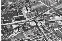 69  -  CPSM  De  LYON  -  Vue  Aérienne  ,  Place  Du  Bachut , Route D ' Heyrieux  , Avenue Berthelot Et Jean Mermoz - Lyon
