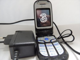 LG U8360 VIDEOTELEFONINO Bluetooth COMPLETO ALIMENTATORE FUNZIONANTE NO SIM - Telefonia