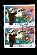 AUSTRALIA - 1990   CHRISTMAS  PAIR FROM BOOKLET  FINE USED - 1990-99 Elizabeth II