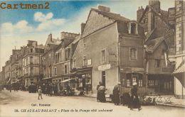 CHATEAUBRIANT : PLACE DE LA POMPE COTE SUD EST - MARCHE - MARCHAND DE RUE - CPA 44 - Châteaubriant