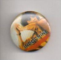 REF XXX Badge Ancien 1980 (no Pin's) INDOCHINE Groupe Pop Rock Nicola SIRKIS Nicolas - Peu Commun - Music