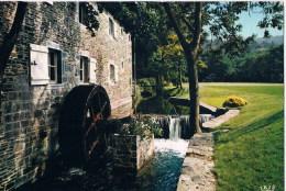Water Molen  Water Mill  Moulin A Eau - Châteaux D'eau & éoliennes